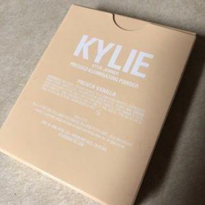 Kylighter by Kylie Cosmetics #9